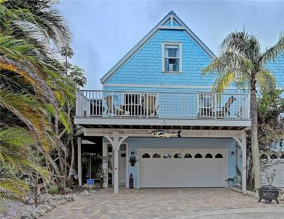 Holmes Beach Single Family Home For Sale: 233 64th Street