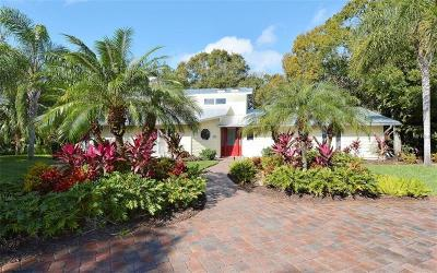 Sarasota Single Family Home For Sale: 6541 Canary Street