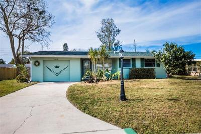 Sarasota Single Family Home For Sale: 6230 Nutmeg Avenue