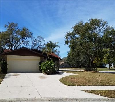 Sarasota Single Family Home For Sale: 7979 Cypress Lake Drive