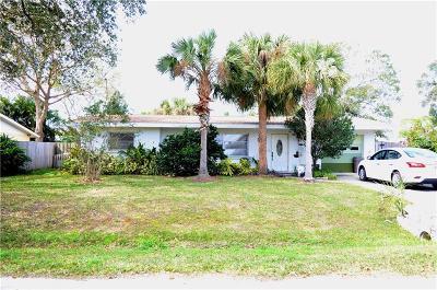 Palm Lakes Single Family Home For Sale: 6244 Murdock Avenue