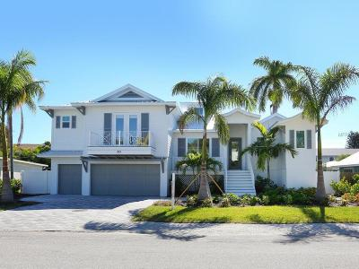 Holmes Beach Single Family Home For Sale: 305 68th Street