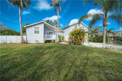 Sarasota Single Family Home For Sale: 7610 Tuttle Avenue