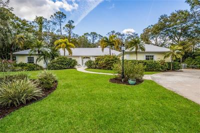 Sarasota Single Family Home For Sale: 7627 Weeping Willow Circle