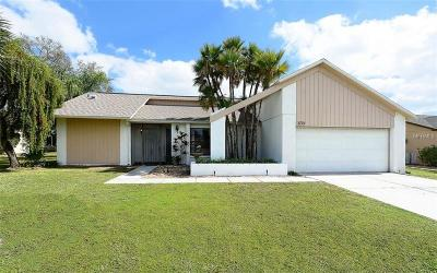 Sarasota FL Single Family Home For Sale: $349,900