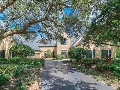 Sarasota Single Family Home For Sale: 1403 Cedar Bay Lane
