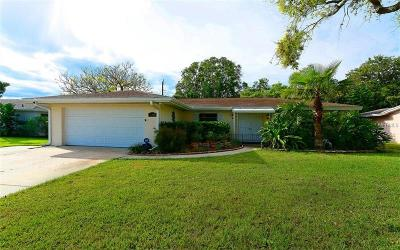 Sarasota FL Single Family Home For Sale: $299,900