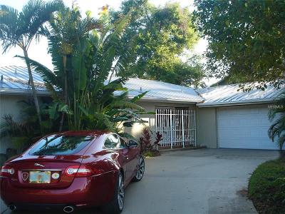 Sarasota Single Family Home For Sale: 141 Holly Avenue