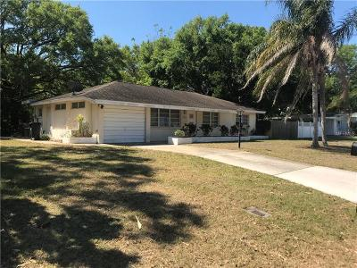 Sarasota Single Family Home For Sale: 2284 Roselawn Circle