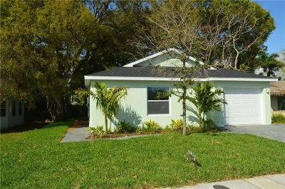 Sarasota Single Family Home For Sale: 2303 Bahia Vista Street