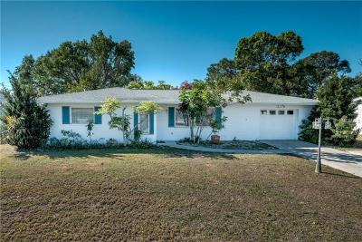 Sarasota FL Single Family Home For Sale: $212,000