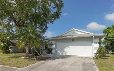 Sarasota Single Family Home For Sale: 2534 W Scarlet Oak Court