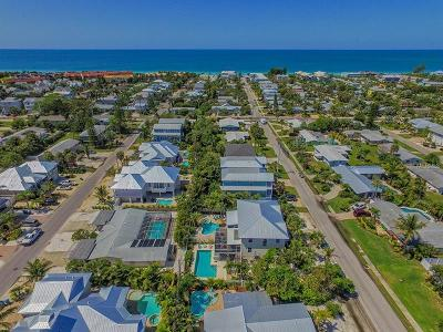 Bradenton Beach, Holmes Beach Townhouse For Sale: 309 66th Street #B