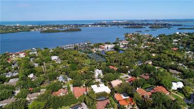 Sarasota Single Family Home For Sale: 4557 Camino Real