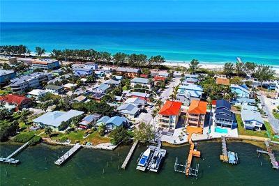 Bradenton Beach Single Family Home For Sale: 109 7th Street S