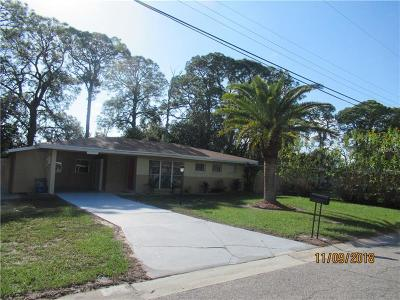 Sarasota Single Family Home For Sale: 3784 Dover Drive