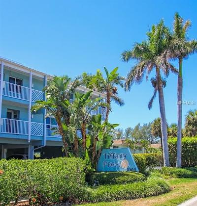 Holmes Beach Condo For Sale: 7000 Gulf Drive #103