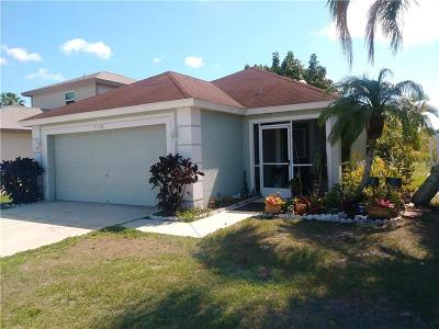 Sarasota Single Family Home For Sale: 5525 Colony Lake Lane