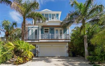 Holmes Beach Single Family Home For Sale: 238 S Harbor Drive