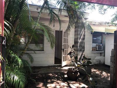 Sarasota Single Family Home For Sale: 3225 New England Street