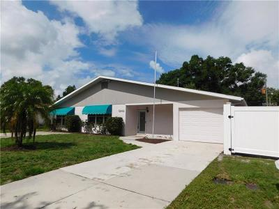 Sarasota Single Family Home For Sale: 3946 Chaucer Lane
