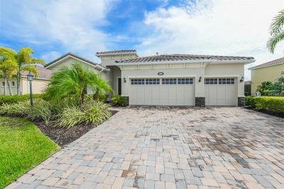 Sarasota Single Family Home For Sale: 6692 Soaring Eagle Way
