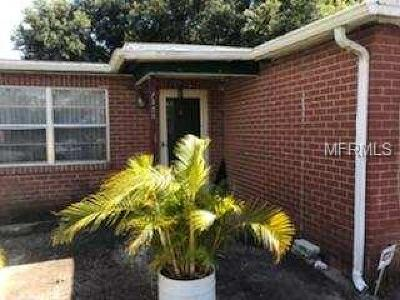 Tampa Single Family Home For Sale: 7328 Swindon Road