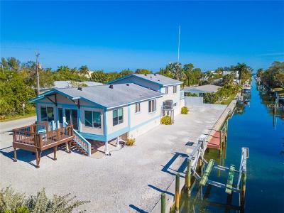 Longboat Key Single Family Home For Sale: 580 Jungle Queen Way