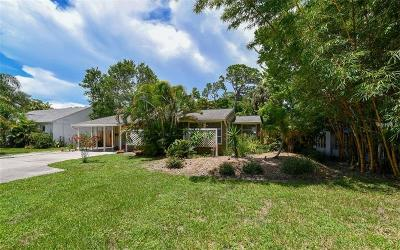 Sarasota Single Family Home For Sale: 2421 McClellan Parkway