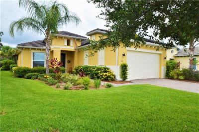 Bradenton Single Family Home For Sale: 5061 Lake Overlook Ave