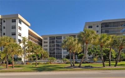 Sarasota Condo For Sale: 1001 Benjamin Franklin Drive #302