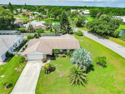 Sarasota Single Family Home For Sale: 5781 Augusta Circle