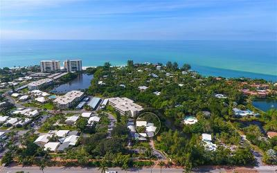Bradenton, Lakewood Ranch, Longboat Key, Sarasota, Longboat, Nokomis, North Venice, Osprey, Siesta Key, Venice Villa For Sale: 233 Hourglass Way #V-8