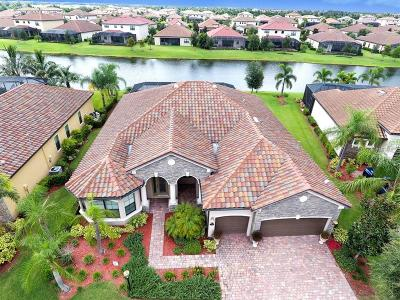 Lakewood Ranch Single Family Home For Sale: 13205 Bridgeport Crossing