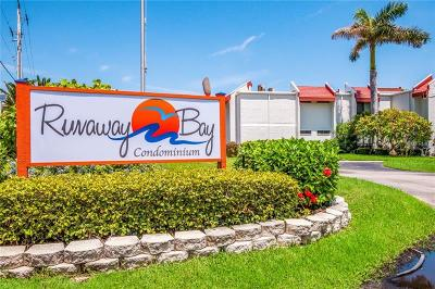 Bradenton Beach Condo For Sale: 1801 Gulf Drive N #136