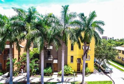 Townhouse For Sale: 563 S Palm Avenue #21