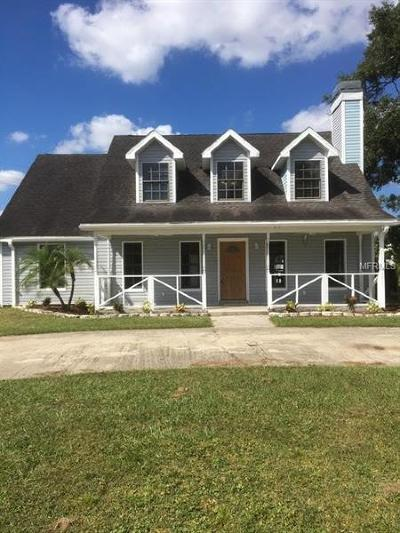 Tampa Single Family Home For Sale: 8408 Pinewood Street