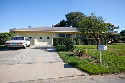 Sarasota Single Family Home For Sale: 2515 Tuttle Way