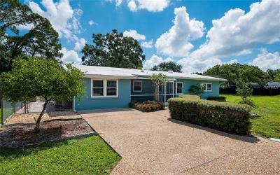 Sarasota Single Family Home For Sale: 6031 Carlton Avenue