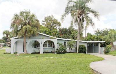 Venice Single Family Home For Sale: 4431 Alligator Drive