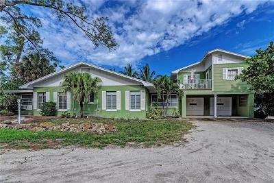 Anna Maria Single Family Home For Sale: 102 Cedar Avenue