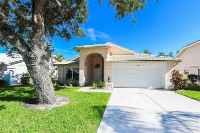 Bradenton FL Single Family Home For Sale: $319,900