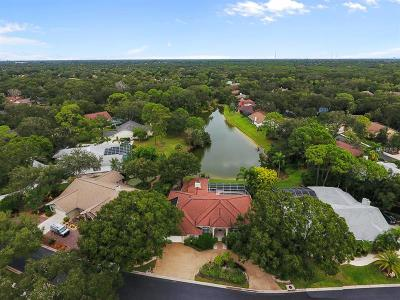 Single Family Home For Sale: 4407 Oak View Drive