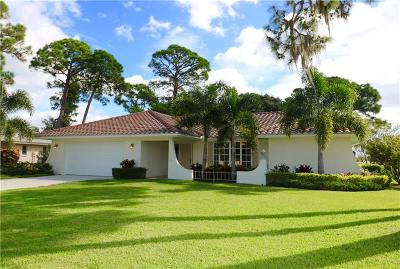Single Family Home For Sale: 2212 Lakewood Drive