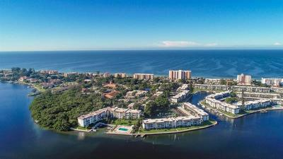 Longboat Key Condo For Sale: 542 Sutton Place