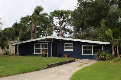 Sarasota Single Family Home For Sale: 4224 Des Plaines Drive
