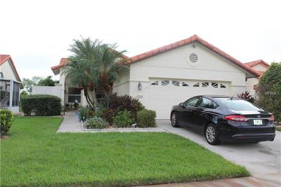 Bradenton Single Family Home For Sale: 4939 Clubview Court E