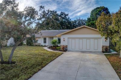 Sarasota Single Family Home For Sale: 2320 Aubrey Lane