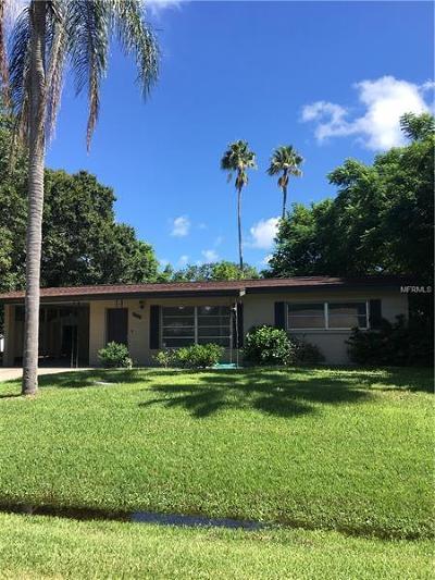 Sarasota Single Family Home For Sale: 3833 Afton Circle