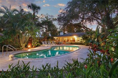 Sarasota Single Family Home For Sale: 5167 Dewey Place